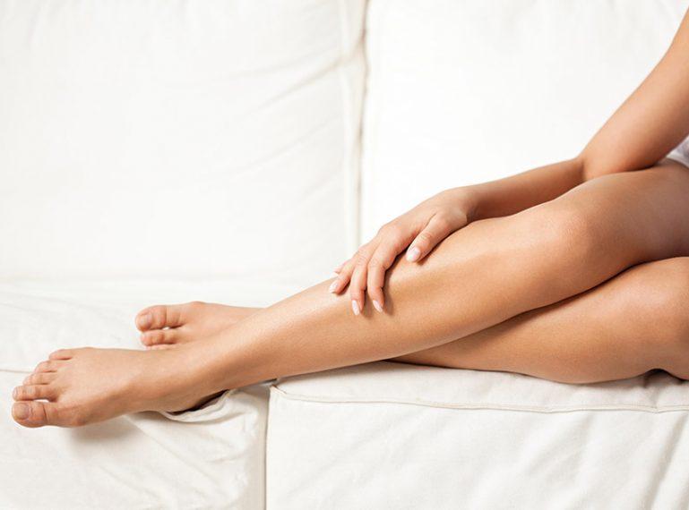 Co zrobić, by mieć gładkie nogi? Pielęgnacja i depilacja