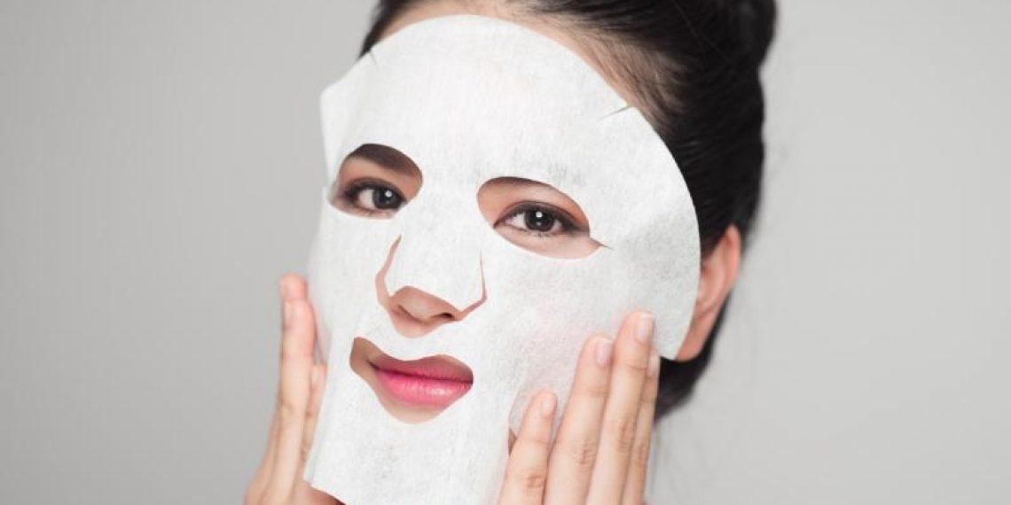 Domowe maseczki do twarzy w płachcie – najlepsze przepisy