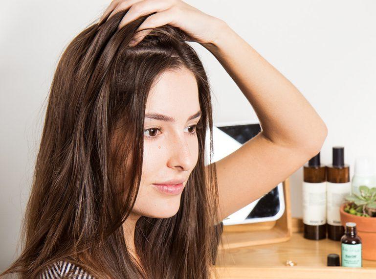 Szampon micelarny. Jak działa nowość, którą pokochały włosomaniaczki?