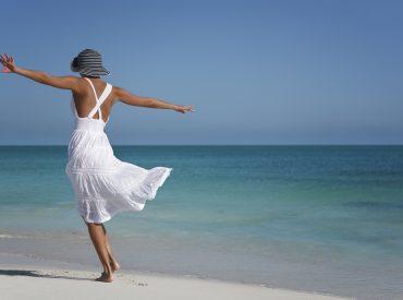 Filtr UV obroni Was przed największym wrogiem Waszej skóry: słońcem. To nie zbędny luksus, lecz konieczność, jeżeli zależy Wam na zachowaniu zdrowej i gładkiej skóry. Azjatki nie ruszają się z domu bez filtra przeciwsłonecznego nawet w pochmurne dni. Słyną z pięknej cery, dlatego warto brać z nich przykład. Filtry UV różnią się między sobą zdolnością […]