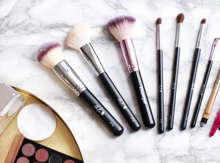 Jak wybrać odpowiednie pędzle do makijażu?