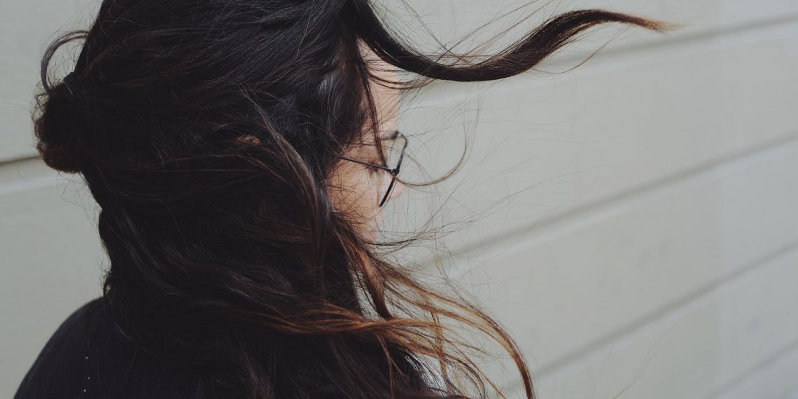 Jaki jest najlepszy spray termoochronny do włosów – polecam!